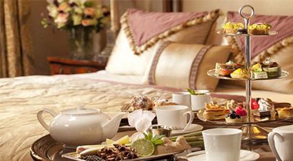 http://www.trizoneweddings.com/wp-content/uploads/2015/09/hospitality_1.jpg